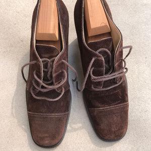 Vintage Joan Helpern chocolate suede stacked heels